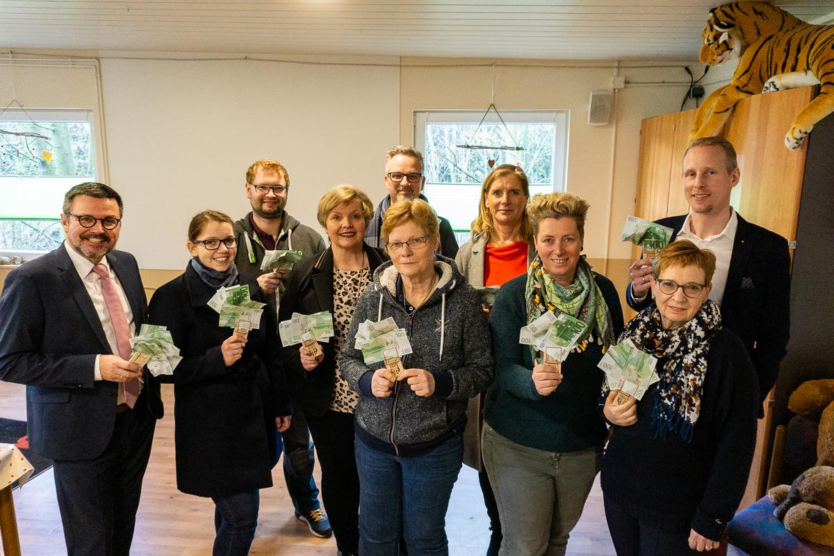 Spendenübergabe Unternehmer für Wesel